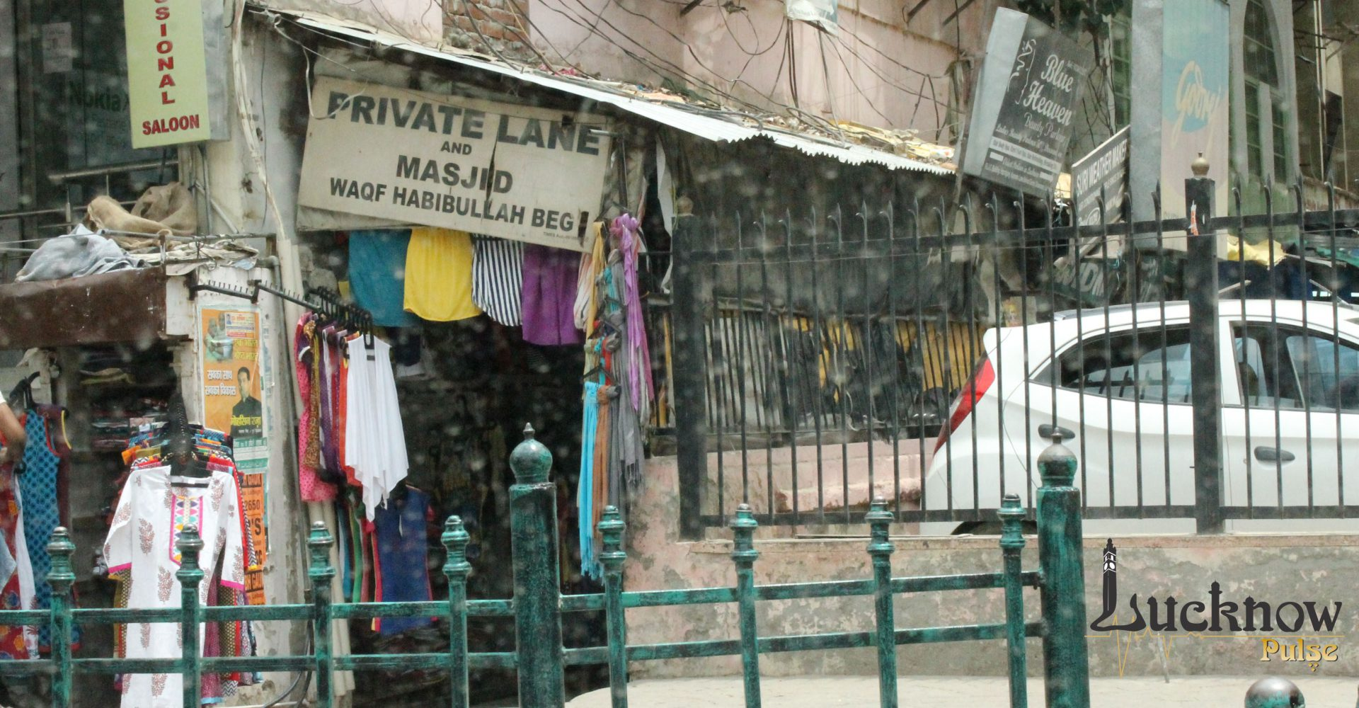 A picture of love-lane at hazratganj in lucknow
