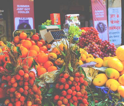 pic of fruit shop at lucknow