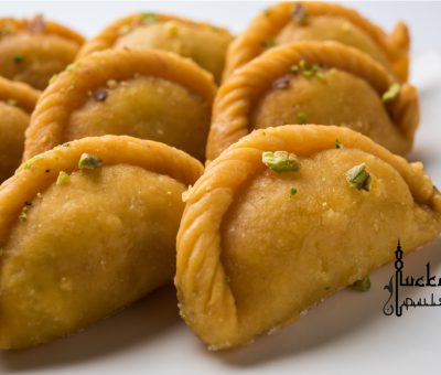 gujiyas sweets lucknow on Holi festival of colors